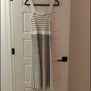 Banana Republic Stretchy Black White Midi Dress